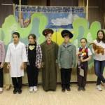 Участники кукольного спектакля Петрушка Уксусов