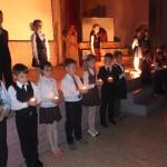 Учащиеся начальной школы в честь годовщины снятия блокады Ленинграда подготовили концерт